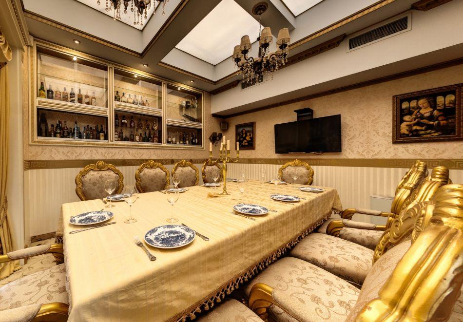 Нощувка на човек със закуска само за 44 лв. в Бутиков хотел Свети Никола, София, кв. Бояна, снимка 4