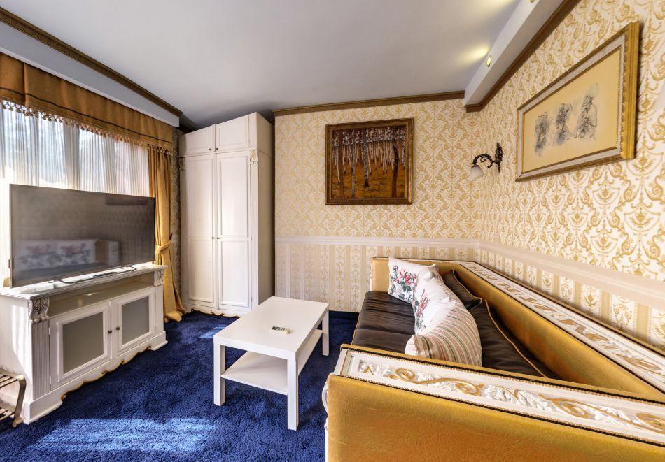 Нощувка на човек със закуска само за 44 лв. в Бутиков хотел Свети Никола, София, кв. Бояна, снимка 20