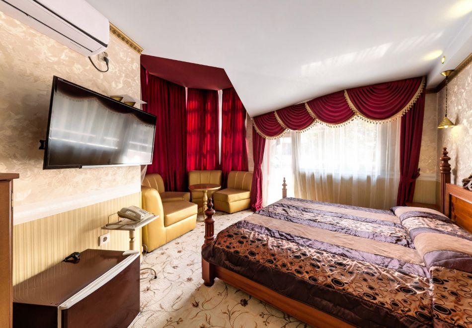 Нощувка на човек със закуска само за 44 лв. в Бутиков хотел Свети Никола, София, кв. Бояна, снимка 19