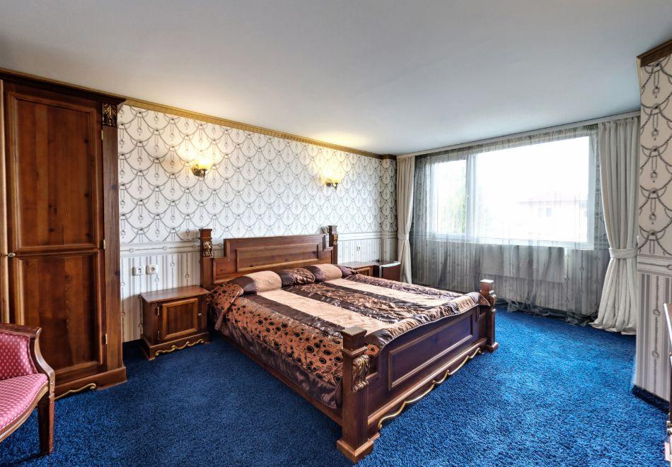 Нощувка на човек със закуска само за 44 лв. в Бутиков хотел Свети Никола, София, кв. Бояна, снимка 12