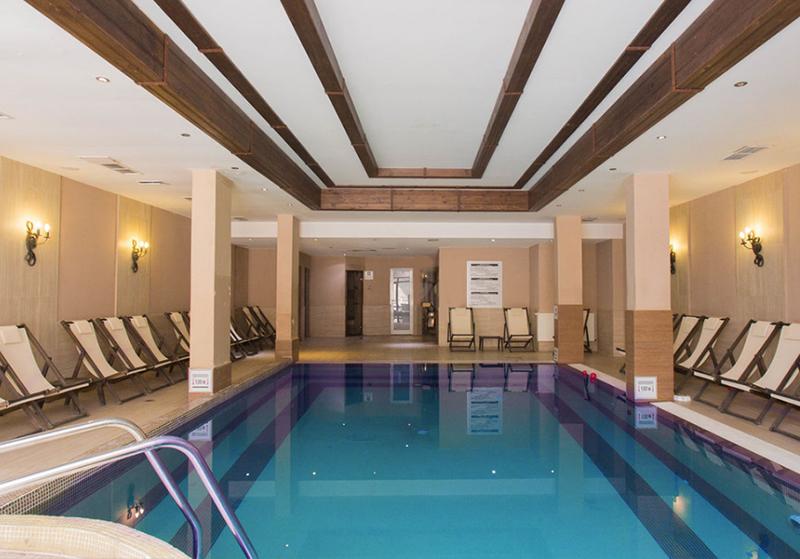 2 или 3 нощувки на човек на база  All inclusive light + басейн от хотел Мария Антоанета, Банско, снимка 3