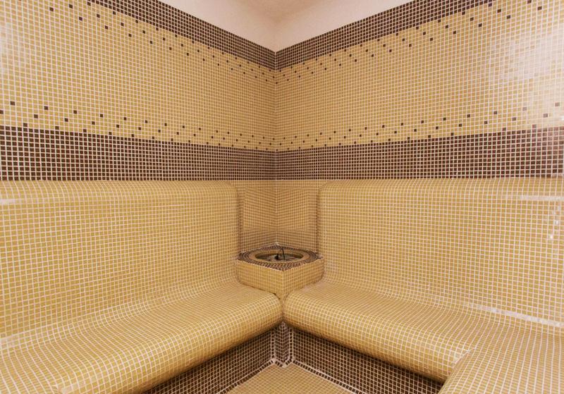 2 или 3 нощувки на човек на база  All inclusive light + басейн от хотел Мария Антоанета, Банско, снимка 5