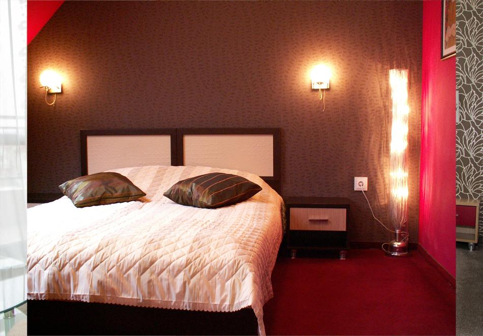 Нощувка на човек със закуска + минерален басейн и релакс зона само за 47 лв. в Балнеохотел Маркони****, Павел Баня, снимка 10