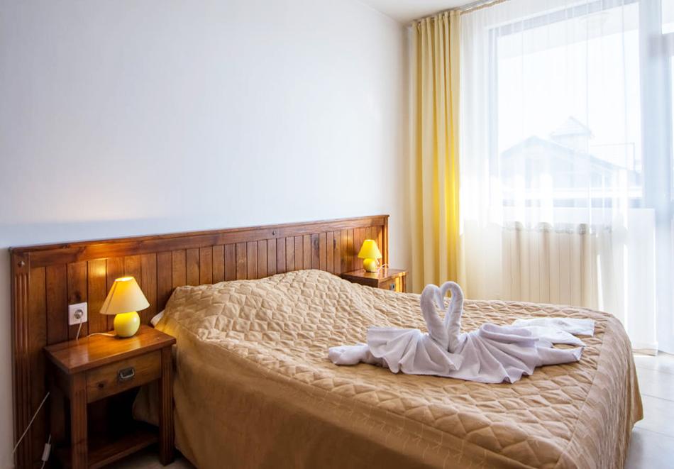 Нова година в хотел Елегант Лодж, Банско! 5 нощувки на човек със закуски + топъл вътрешен басейн и релакс пакет. Доплащане по желание за Новогодишен куверт, снимка 11
