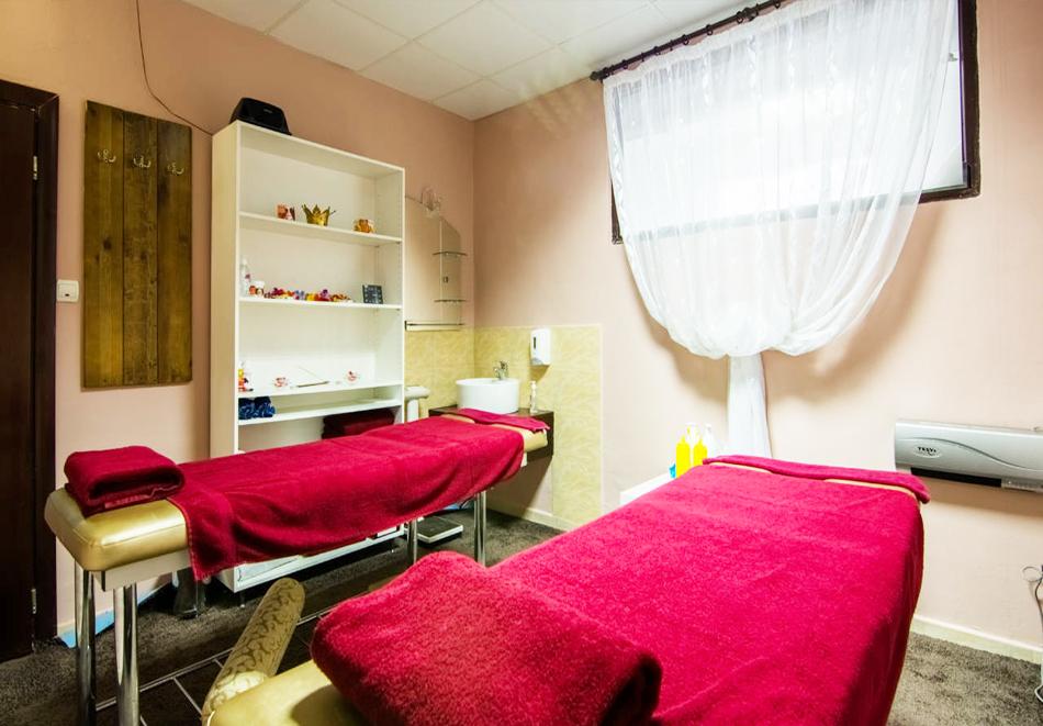 Нова година в хотел Елегант Лодж, Банско! 5 нощувки на човек със закуски + топъл вътрешен басейн и релакс пакет. Доплащане по желание за Новогодишен куверт, снимка 7