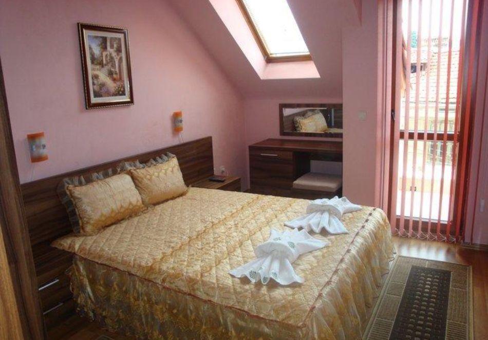 Семеен хотел Цветелина Палас, Долна Баня, снимка 15