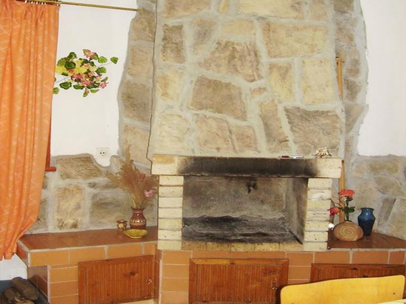 Нощувка в самостоятелна къща за до 20 човека в стаи за гости Мирела, Рибарица., снимка 8