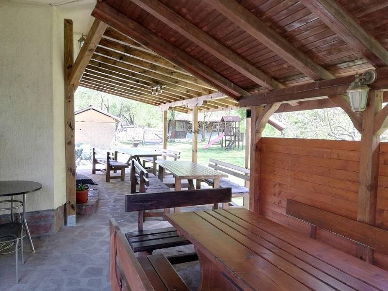 Нощувка в самостоятелна къща за до 20 човека в стаи за гости Мирела, Рибарица., снимка 4