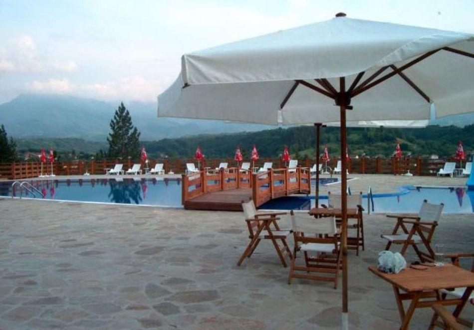 Хотелски комплекс Априлци, снимка 2