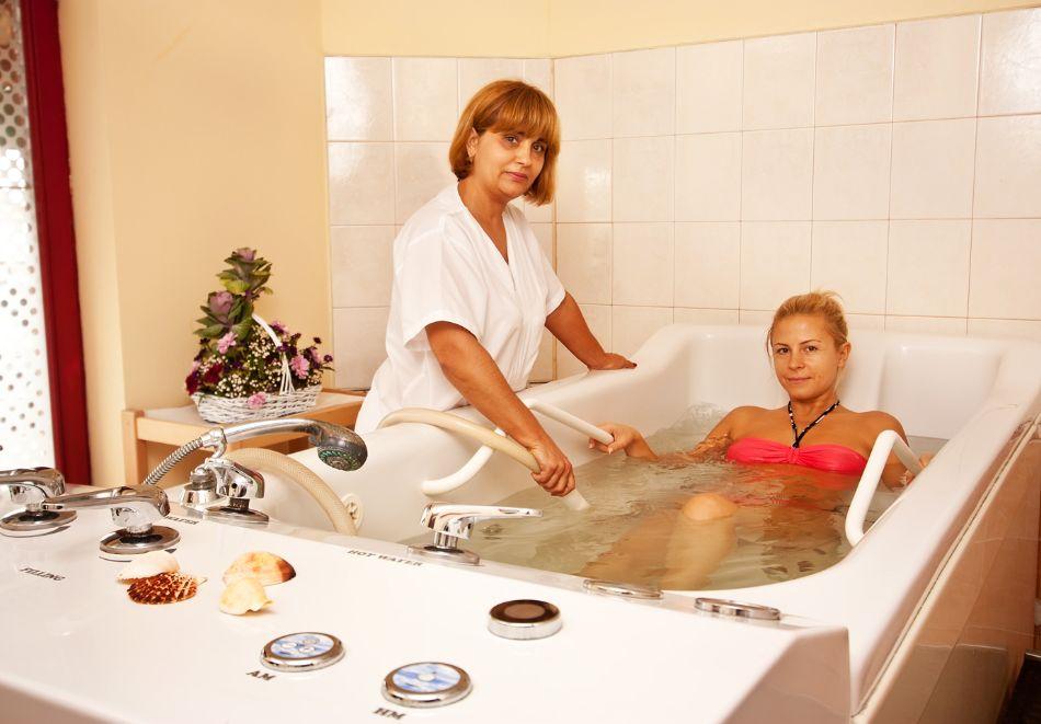 2+ нощувки на човек със закуски и вечери + басейн и СПА в хотел Сейнт Джордж****, на 1-ва линия в Поморие, снимка 13