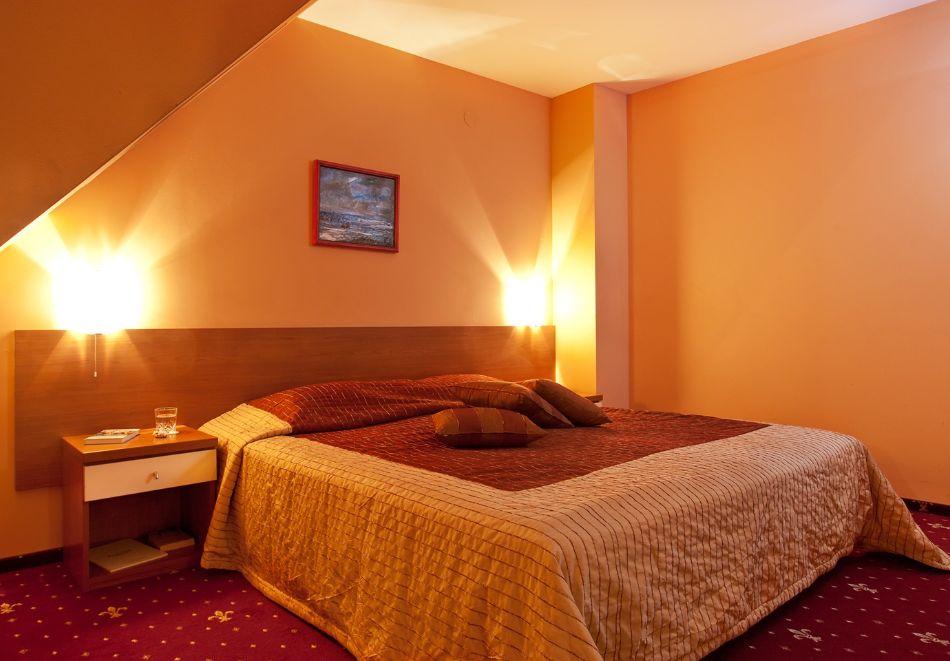 2+ нощувки на човек със закуски и вечери + басейн и СПА в хотел Сейнт Джордж****, на 1-ва линия в Поморие, снимка 23