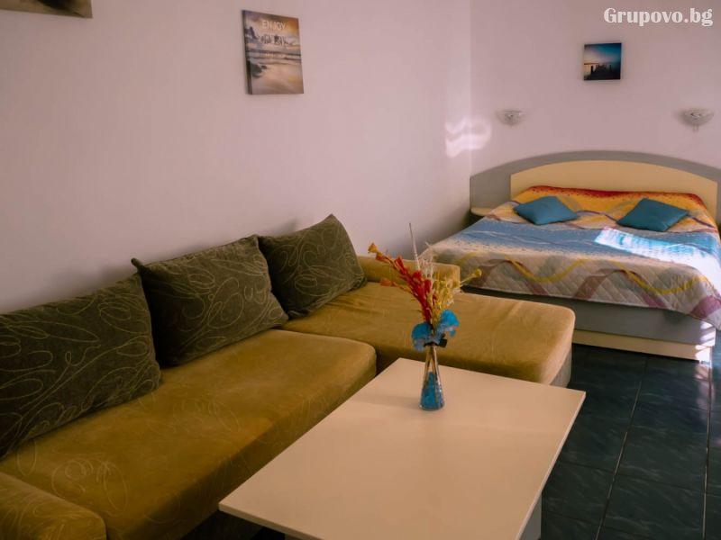 Нощувка на човек със закуска в хотел Дарлинг, Драгалевци. Дете до 16г. – безплатно!, снимка 7