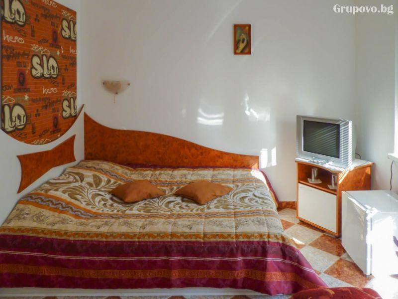 Нощувка на човек със закуска в хотел Дарлинг, Драгалевци. Дете до 16г. – безплатно!, снимка 8