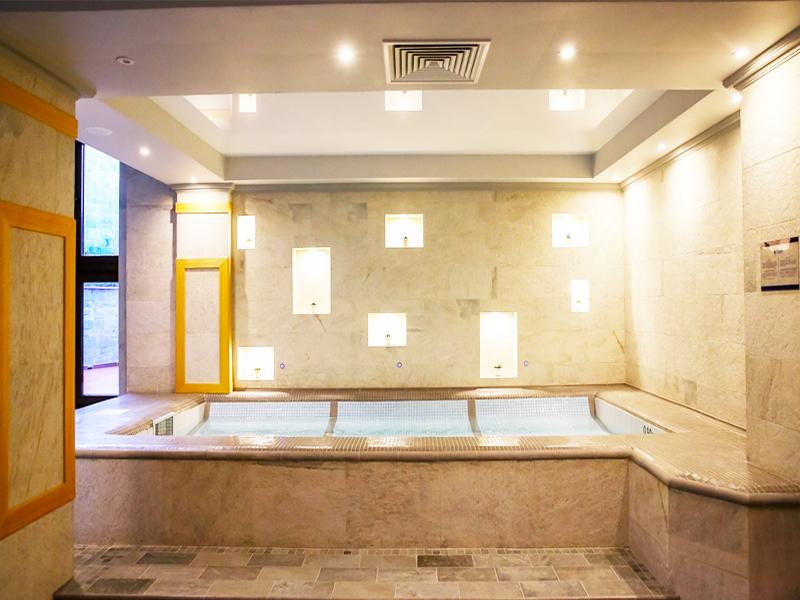 1 или 2 нощувки на човек със закуски и вечери + топъл басейн и СПА в хотел 7 Пулс & СПА Апартмънтс, Банско, снимка 7