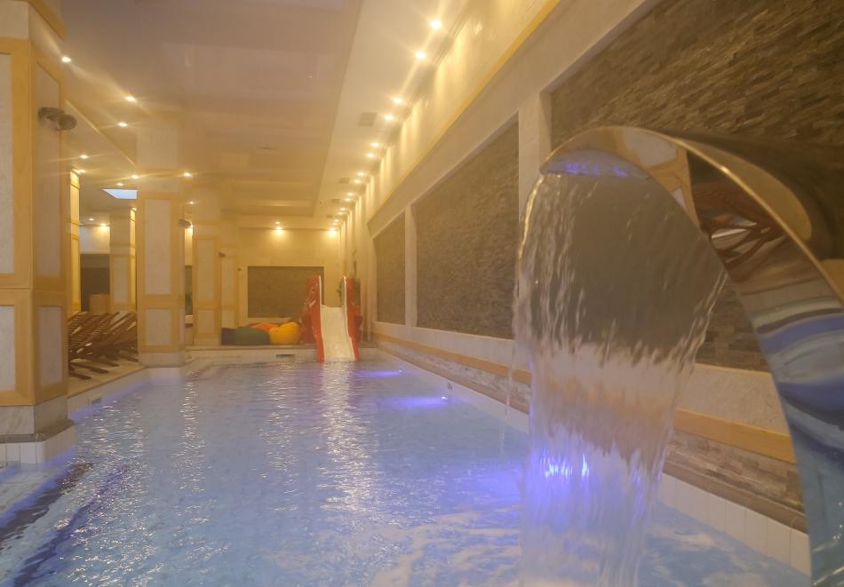 1 или 2 нощувки на човек със закуски и вечери + топъл басейн и СПА в хотел 7 Пулс & СПА Апартмънтс, Банско, снимка 11