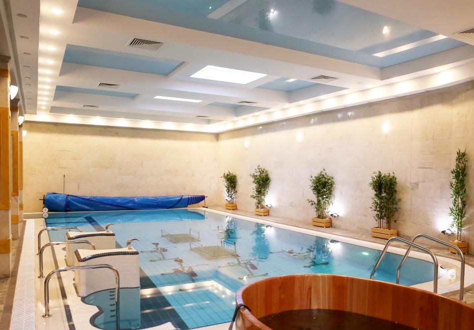 Великден в Банско! 2, 3 или 4 нощувки на човек със закуски и вечери, празничен обяд* + топъл басейн и СПА зона в хотел 7 Пулс & СПА Апартмънтс, снимка 5