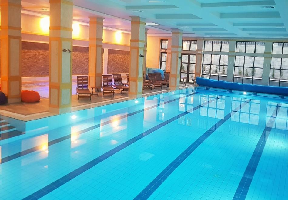 1 или 2 нощувки на човек със закуски и вечери + топъл басейн и СПА в хотел 7 Пулс & СПА Апартмънтс, Банско, снимка 4