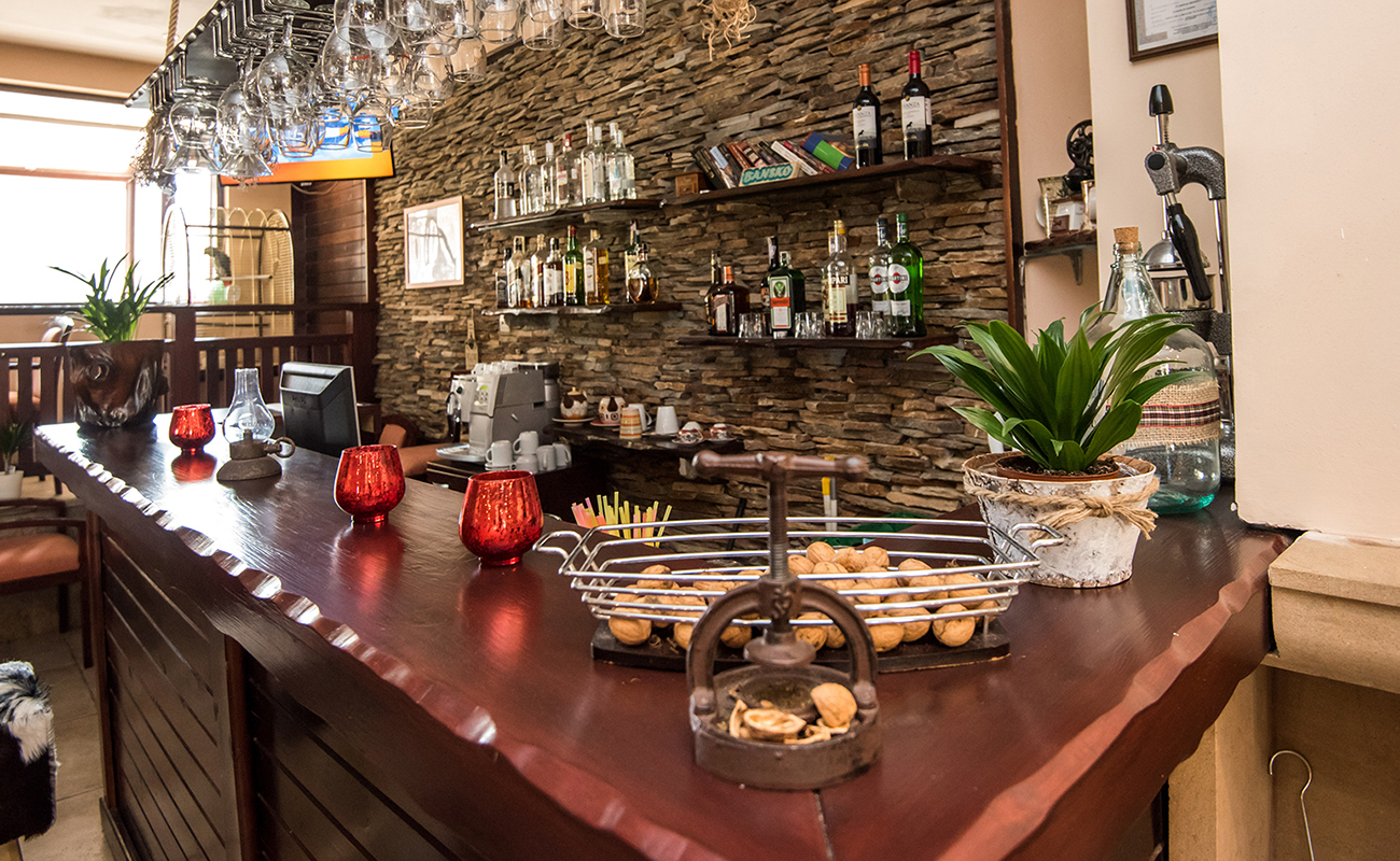 На ски в Банско. Нощувка на човек със закуска и вечеря* + басейн в хотел Орбилукс***, снимка 15