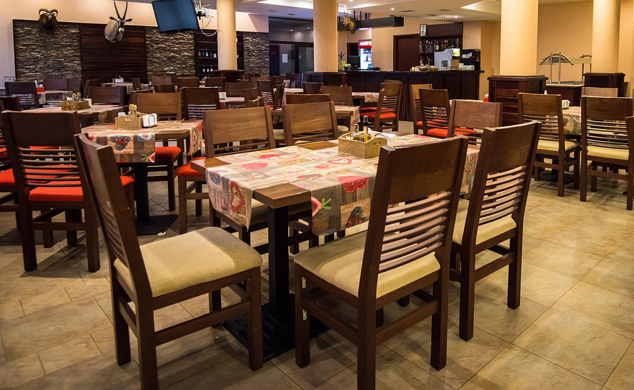 На ски в Банско. Нощувка на човек със закуска и вечеря* + басейн в хотел Орбилукс***, снимка 13