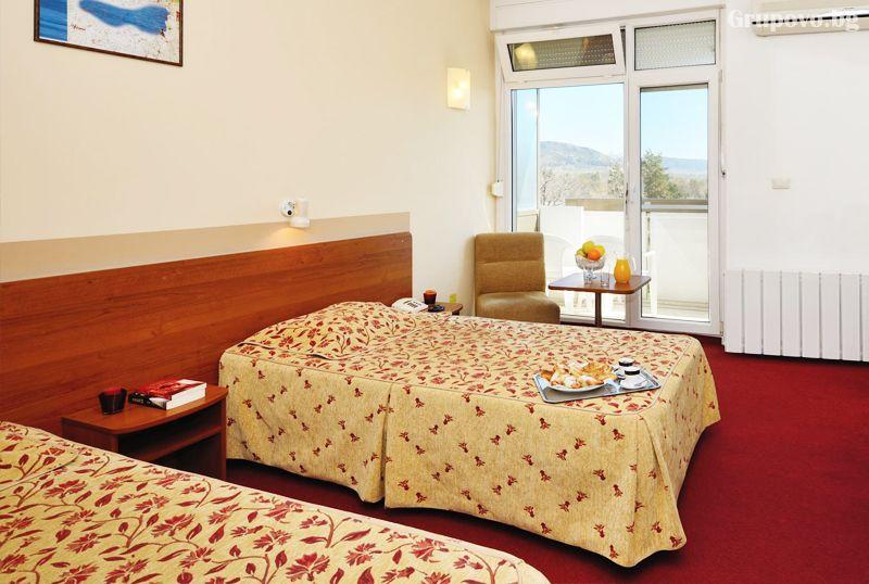 Коледа в хотел Аугуста, Хисаря! 3 нощувки за двама, трима или четирима със закуски 2 традиционни вечери +релакс пакет, снимка 14