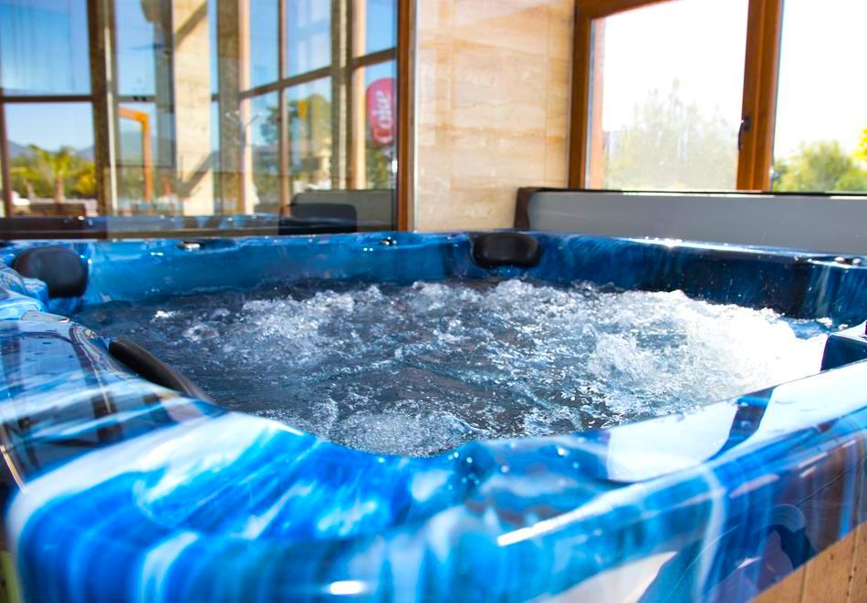 2 или 3нощувки на човек със закуски + топъл минерален басейн и релакс център от Балнео и СПА хотел Минерал Ягода, с. Ягода, снимка 17