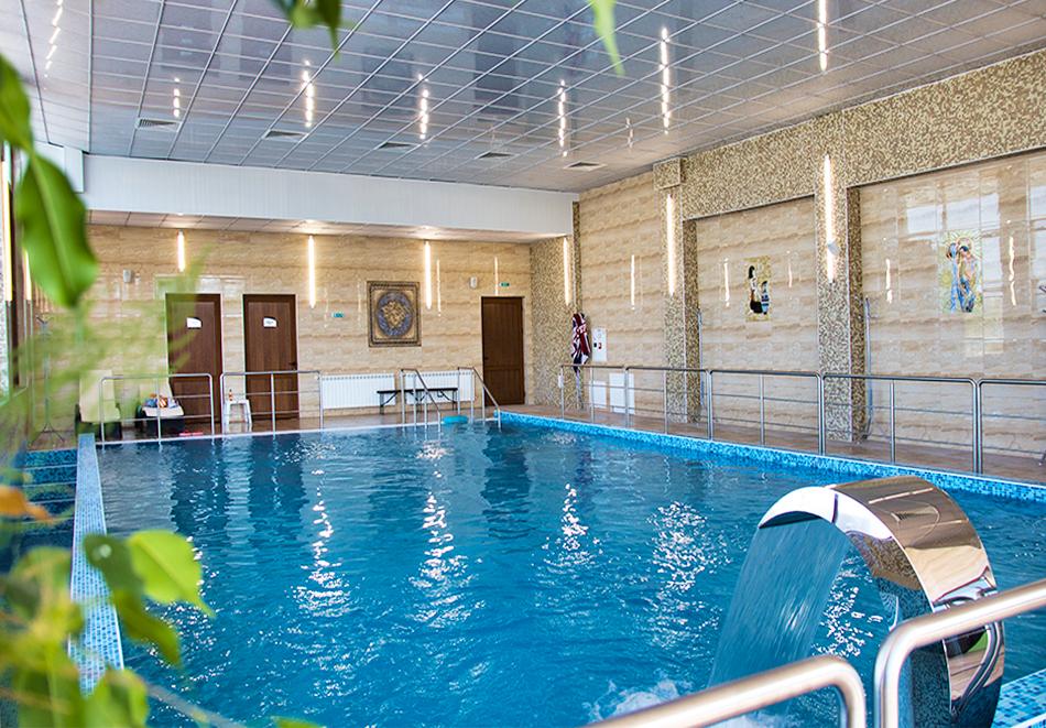 2 или 3нощувки на човек със закуски + топъл минерален басейн и релакс център от Балнео и СПА хотел Минерал Ягода, с. Ягода, снимка 4