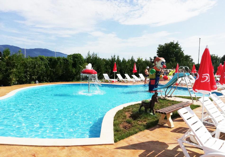 2 или 3нощувки на човек със закуски + топъл минерален басейн и релакс център от Балнео и СПА хотел Минерал Ягода, с. Ягода, снимка 12