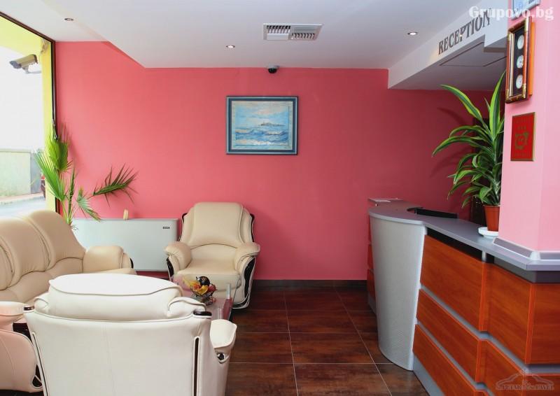 Нощувка на човек в едноспален или двуспален апартамент със закуска и вечеря* + релакс зона от хотел Св. Св. Петър и Павел***, Поморие, снимка 5