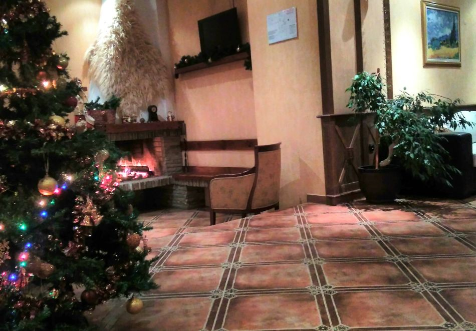 Нощувка на човек със закуска и вечеря + басейн и сауна в хотел Евелина Палас****, Банско, снимка 11