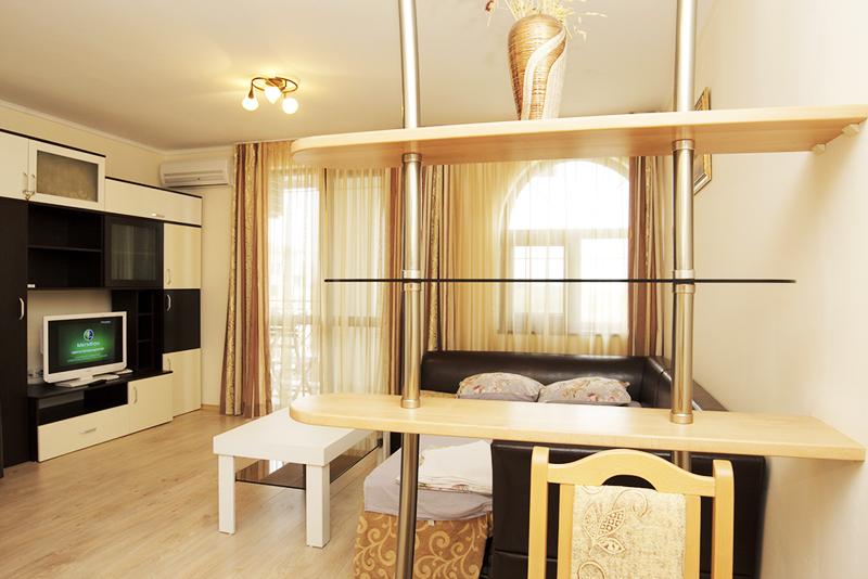 Нова година за ЧЕТИРИМА в Комплекс Естебан, Несебър! 2 или 3 нощувки в апартамент с 2 спални + закуски и вечери, едната празнична с DJ, снимка 3