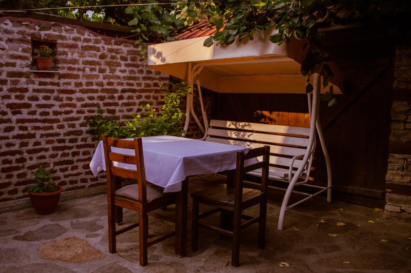 Нощувка на човек със закуска и вечеря + басейн с минерална вода от Алексова къща, Огняново, снимка 18