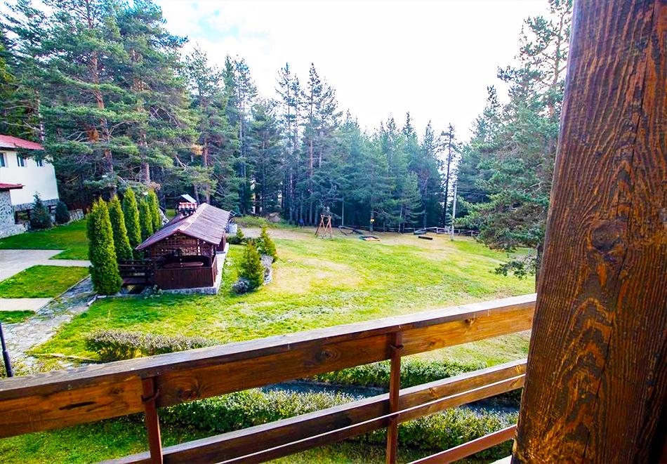 Нощувка на човек със закуска и вечеря + релакс зона и басейн в хотел Бор, Семково, снимка 14