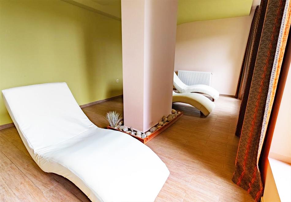 Нощувка на човек със закуска и вечеря + релакс зона и басейн в хотел Бор, Семково, снимка 8