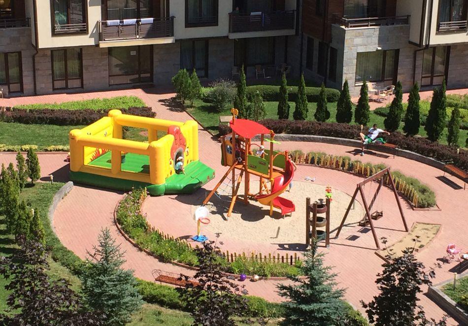 Нощувка на човек със закуска + вътрешен отопляем басейн и СПА зона от Мурите Клуб Хотел, до Банско, снимка 27