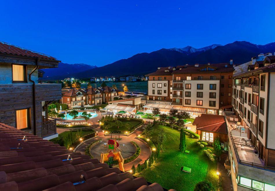 Нощувка на човек със закуска + вътрешен отопляем басейн и СПА зона от Мурите Клуб Хотел, до Банско, снимка 28