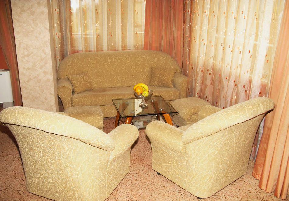 2 + нощувки на човек със закуски и вечери + минерален басейн и парна баня от хотел Жери, Велинград, снимка 15