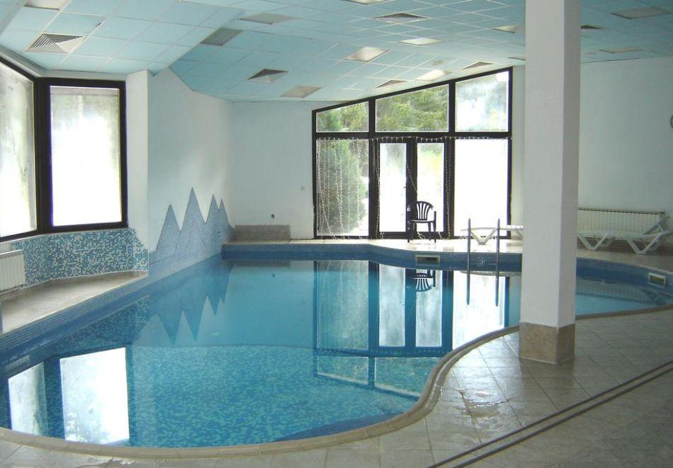 На ски в Пампорово. Нощувка на човек със закуска и вечеря + басейн в хотел Финландия****, снимка 12