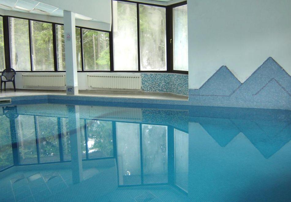 На ски в Пампорово. Нощувка на човек със закуска и вечеря + басейн в хотел Финландия****, снимка 5