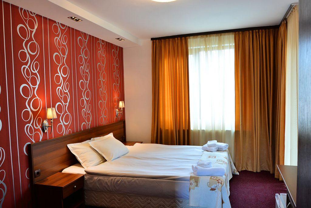 Великден в Банско! 3 нощувки на човек със закуски и вечери, едната празнична + сауна и парна баня в хотел Ротманс***, снимка 13