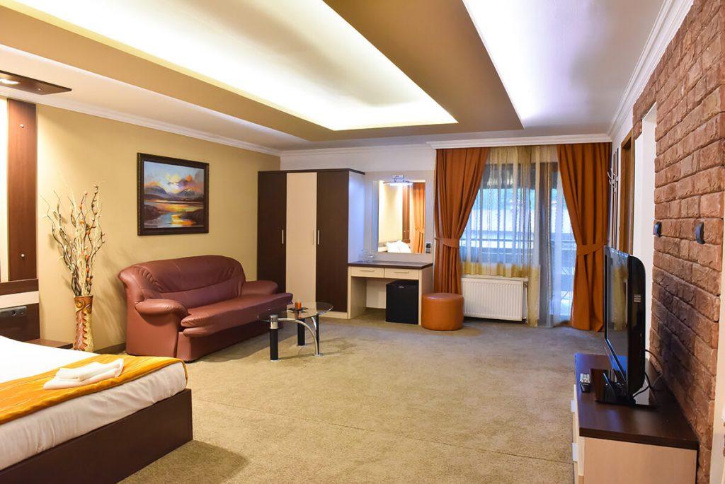 Великден в Банско! 3 нощувки на човек със закуски и вечери, едната празнична + сауна и парна баня в хотел Ротманс***, снимка 19