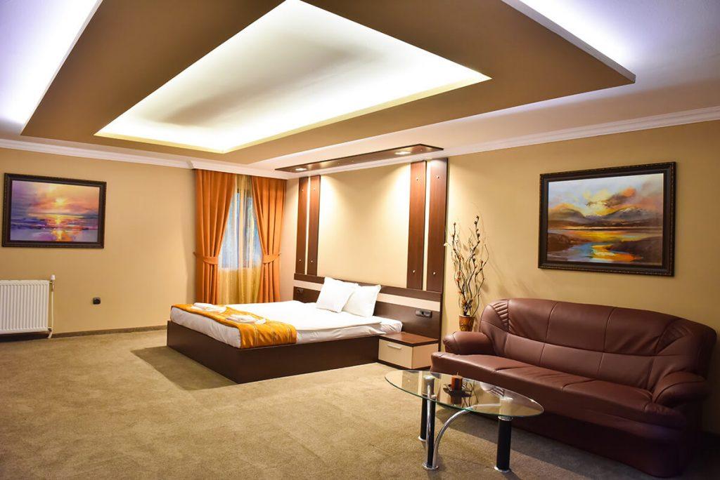 Великден в Банско! 3 нощувки на човек със закуски и вечери, едната празнична + сауна и парна баня в хотел Ротманс***, снимка 18