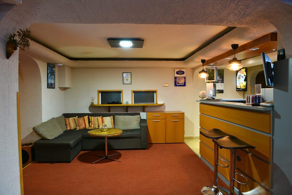 Великден в Банско! 3 нощувки на човек със закуски и вечери, едната празнична + сауна и парна баня в хотел Ротманс***, снимка 20