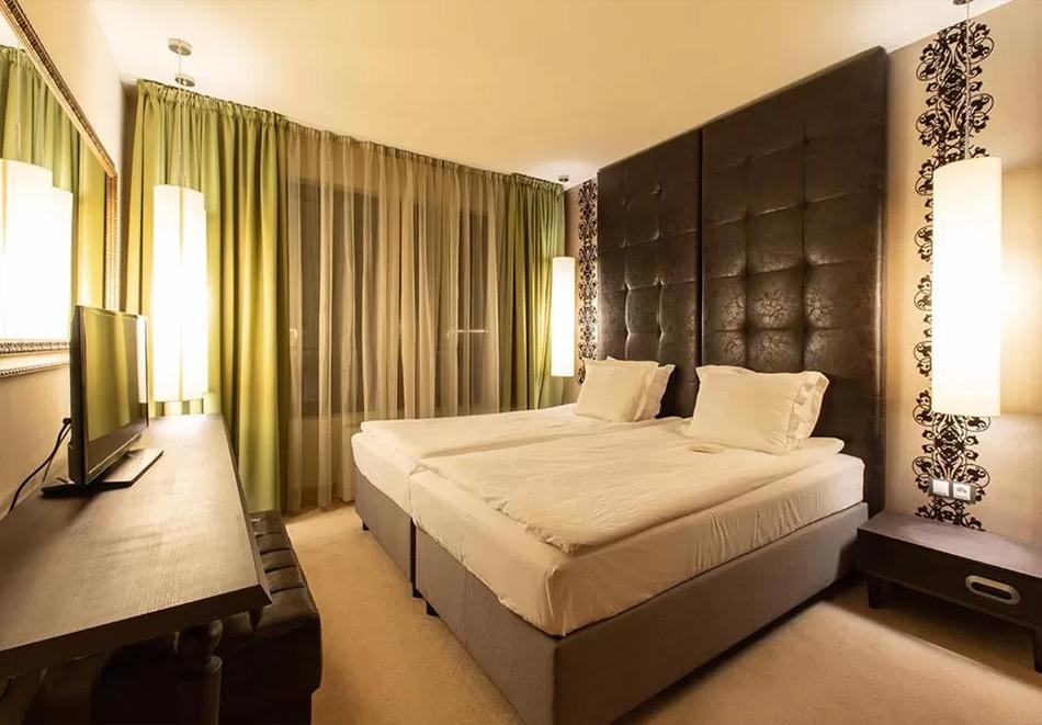 2+ нощувки на човек със закуска + басейн и уелнес център  в бутиков хотел Орес*****, Банско! 6=7 нощувки, снимка 5
