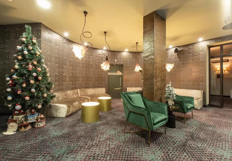 Нова година в Банско! 3 нощувки на човек със закуски + празнична вечеря, басейн и уелнес център  в бутиков хотел Орес*****, снимка 14