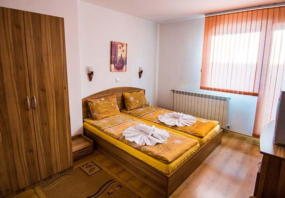 2 или 3 нощувки на човек в къща за гости Виен, Банско, снимка 10