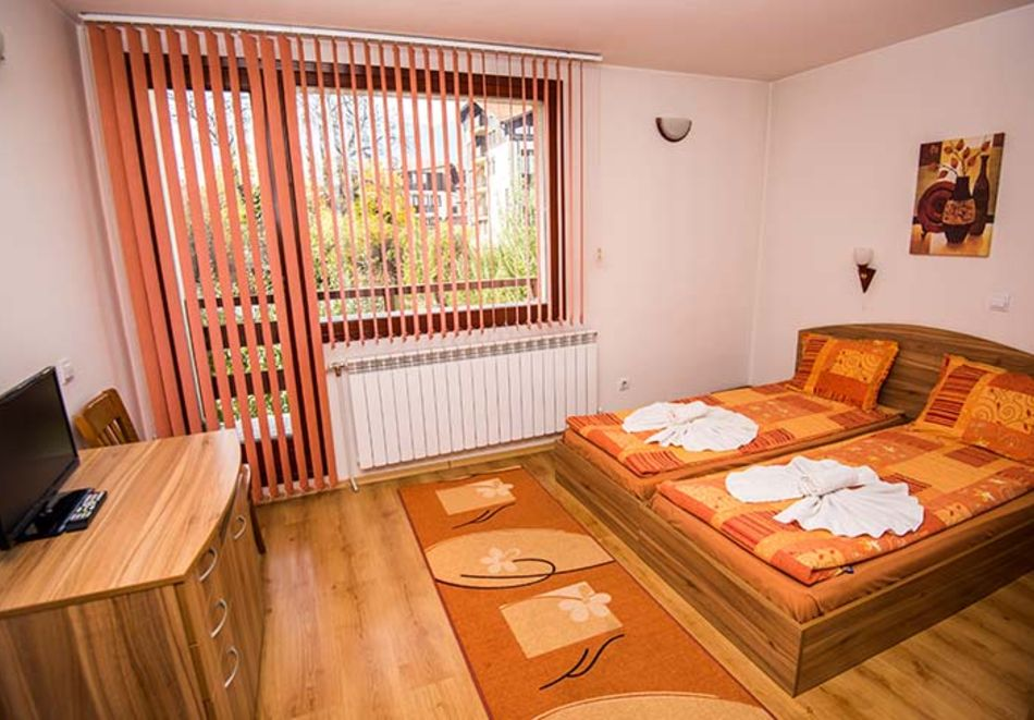 2 или 3 нощувки на човек в къща за гости Виен, Банско, снимка 7