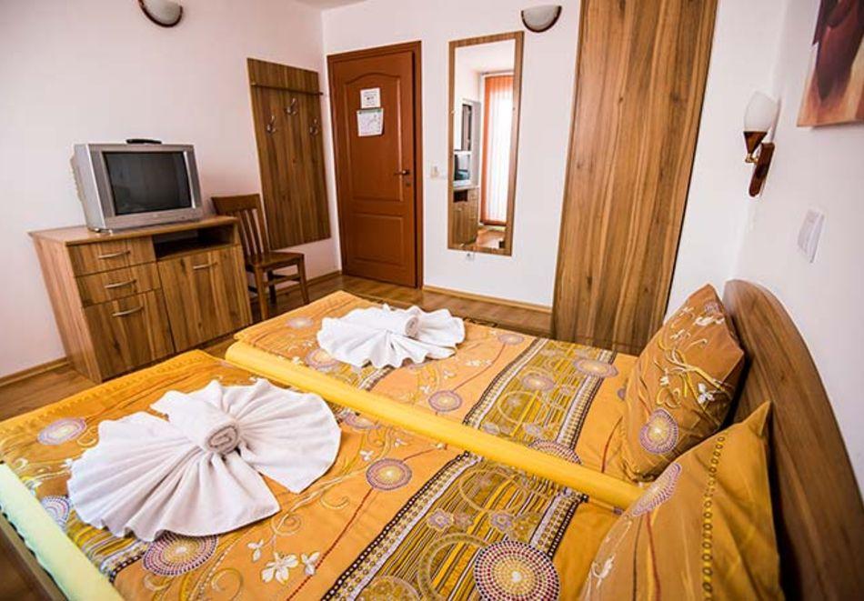 2 или 3 нощувки на човек в къща за гости Виен, Банско, снимка 9