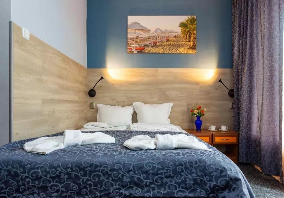 Нощувка на човек + сауна в Семеен Хотел Джемелли, Обзор, снимка 4