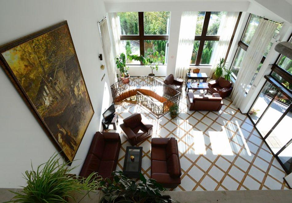 1 или 2 нощувки на човек със закуски + минерален басейн и релакс зона в обновения хотел Алфарезорт Палас, Чифлика, снимка 12