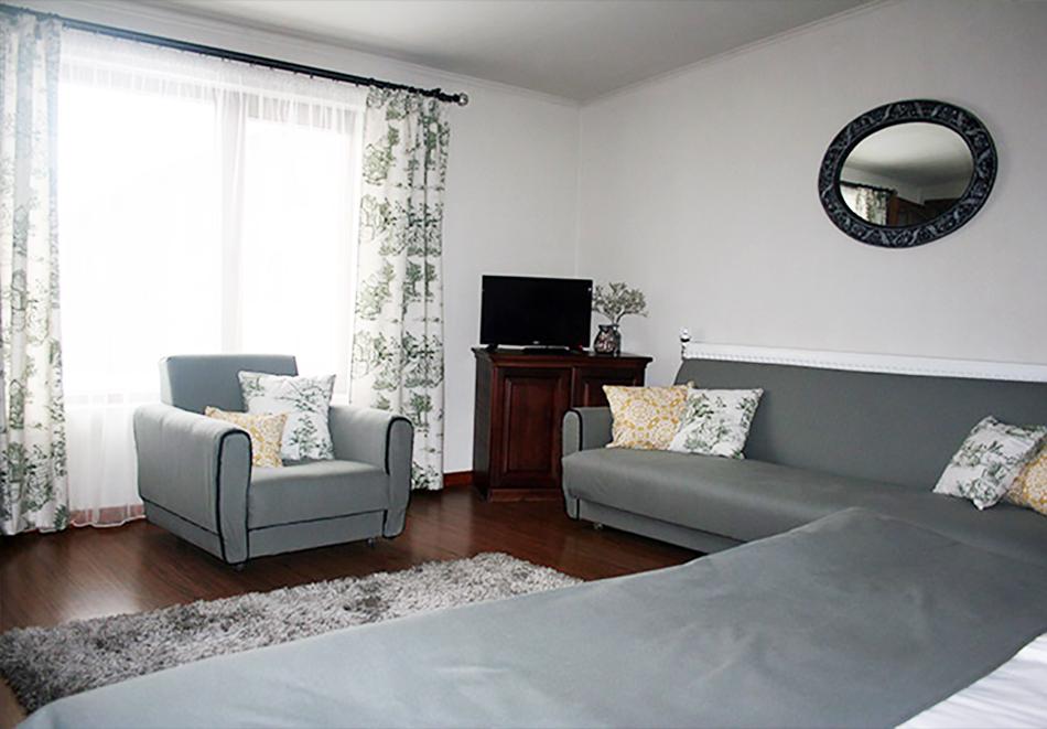 1 нощувка в самостоятелна къща до 18 човека и ползване на механа от Къща за гости Клечерова, Банско, снимка 12